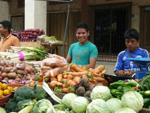 Market in Charapoto