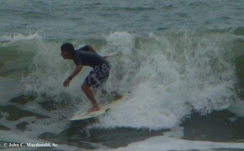 Surfing 10