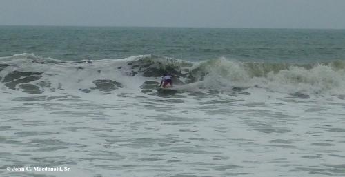 Surfing 11
