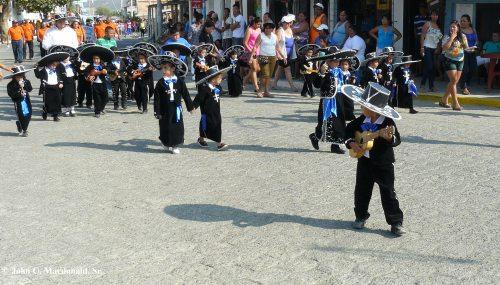 Desfile 18