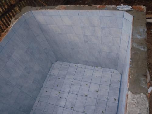 Cistern tiles